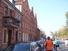 Vorbei am Holländischen Viertel