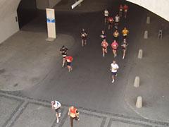 Einlauf ins Olympiastadion
