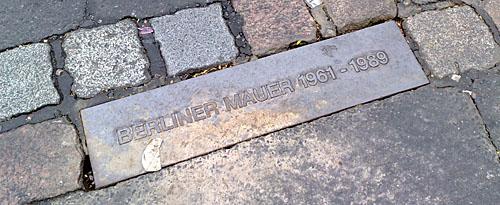 Berliner Mauer Gedenkplatte