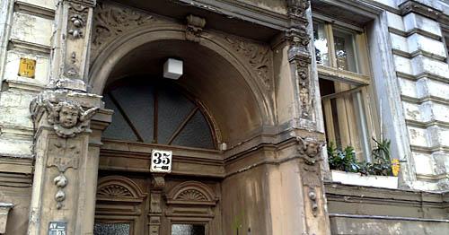 Hauseingang in Kreuzberg