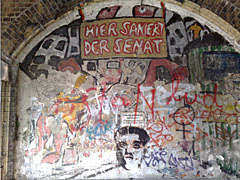 Graffiti unter den Yorckbrücken