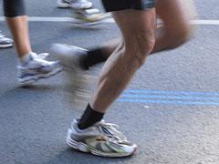 Läufer und blaue Streifen der Ideallinie