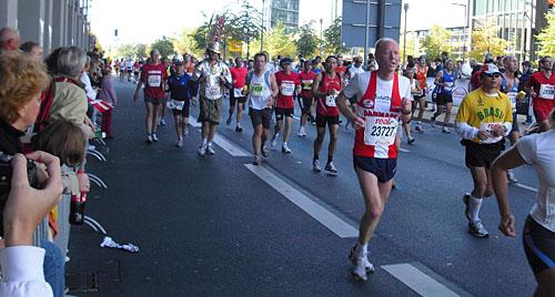 Läuferfeld bei Kilometer 38,5