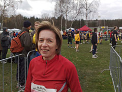 Läuferin in der Wechselzone der Marathon-Staffel