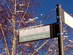 Schild Berliner Mauerweg