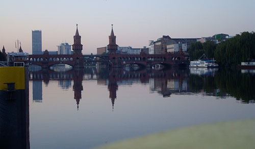 Oberbaumbrücke im Morgengrauen