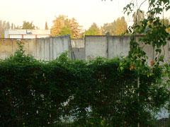 Lager für Mauer-Teile