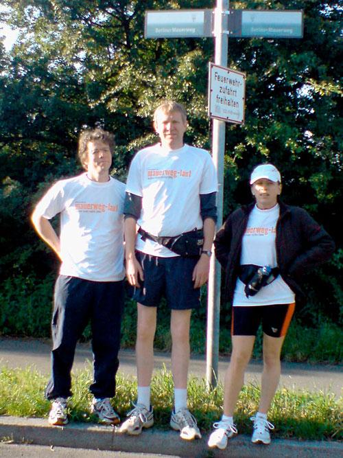Die drei Läufer vor dem Start
