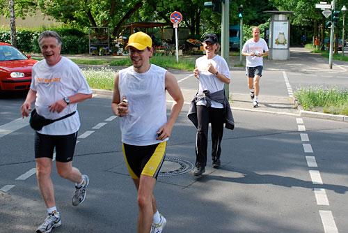 Zieleinlauf der Etappe-6-Läufer