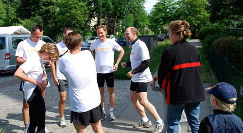Warten auf das Läufer-Team 6