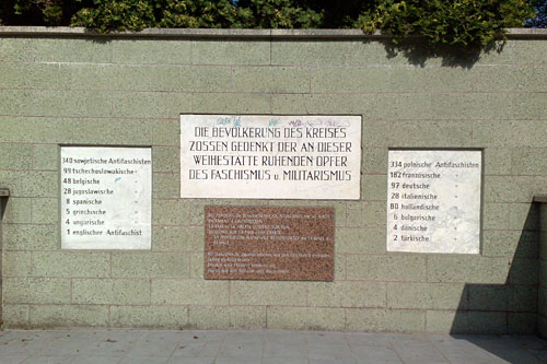 Inschrift an der Gedenkstätte in Großbeeren