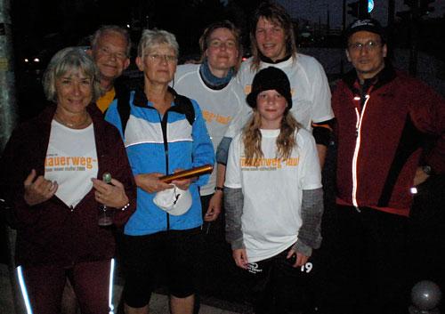 Staffelstab-Übergabe Läufer-Team 16 an Team 17