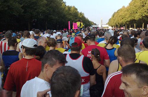 Läufer im Startblock F