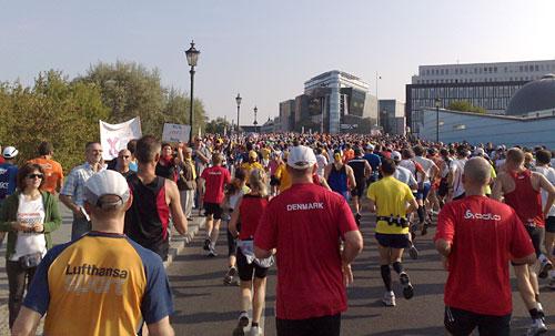 Läufer auf der Konrad-Adenauer-Straße