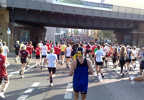 Läufer kurz vor dem Friedrichstadtpalast