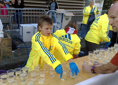 Helfer beim Berlin-Marathon