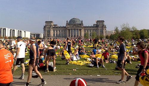 Läufer vor dem Reichstag