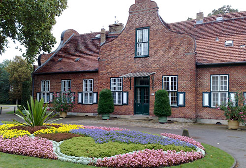 Gebäude an der Orangerie