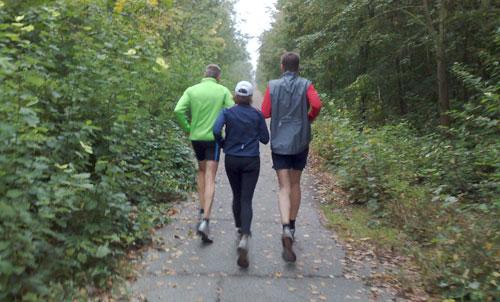 Läufer auf dem Berliner Mauerweg