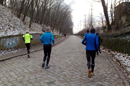 Läufer auf dem Stahnsdorfer Damm
