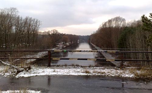 Brücke und Teltowkanal