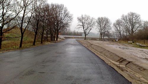 Neue Straße bei Kleinbeeren