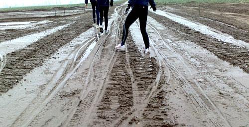 Pfützen, Matsch und Läufer