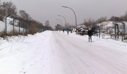Läufer auf vereister Straße