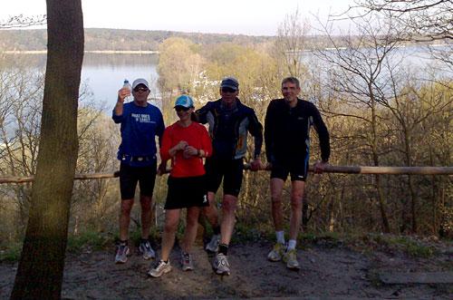 Läufergruppe auf dem Havelhöhenweg