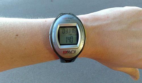 Läufer-Pulsuhr mit Herzfrequenz 140