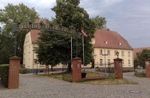 Eingangstor Schloss Diedersdorf