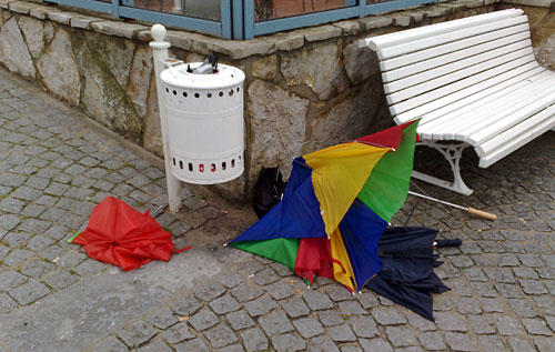 Kaputte Schirme