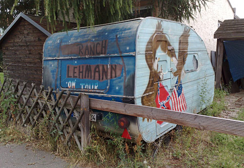 Bemalter Wohnwagen