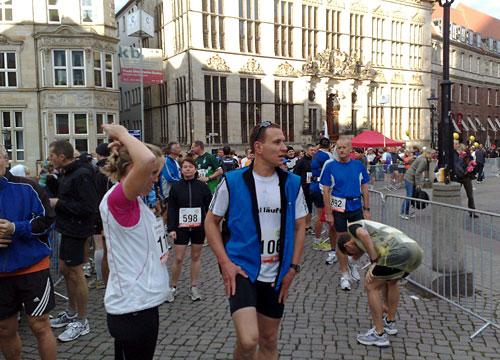 Läufer im Startblock B