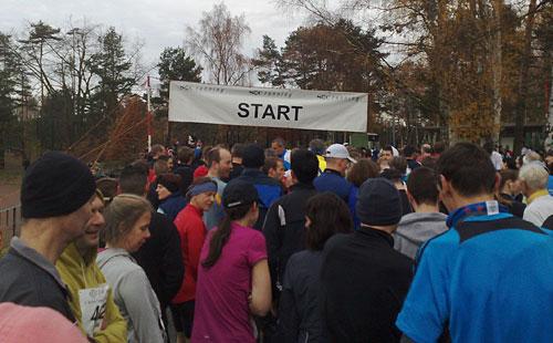 Läufer am Start des Cross-Country-Lauf