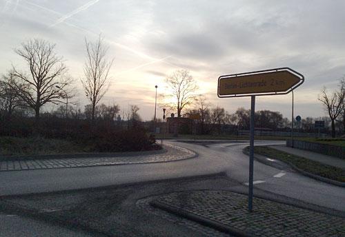 Kreisverkehr bei Großziethen