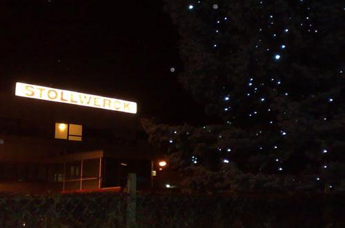 Weihnachtsbaum mit Beleuchtung bei Stollwerck