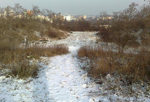 Schnee auf Hügeln