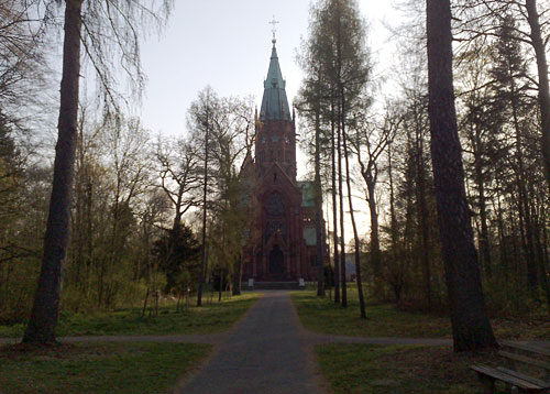 Großherzogliche Grabkapelle im Wald
