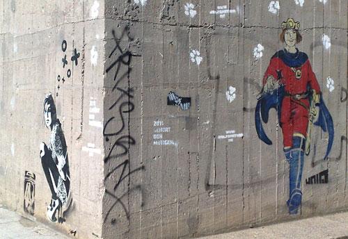Graffiti: Hockende Frau und Prinz