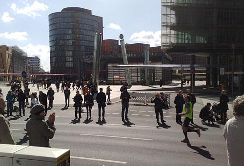 Halbmarathon-Läufer am Potsdamer Platz