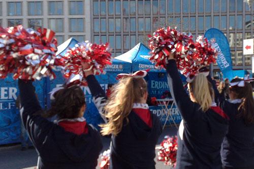 Cheerleader beim Berlin-Halbmarathon