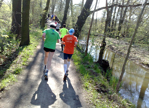 Läufer auf Weg im Spreewald