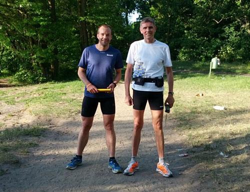 Läufer der Etappe 2 der Lauf-Staffel von Berlin nach Kostrzyn