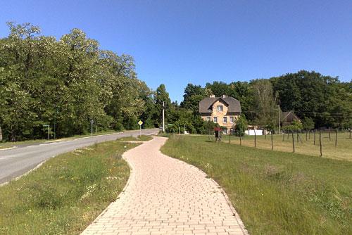 Neuer Radweg an der Landstraße