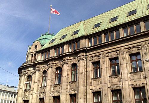 Speckflagge auf Gebäude