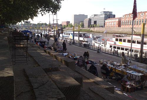 Flohmarkt an der Schlachte in Bremen