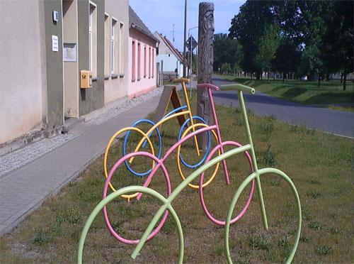 Bunte Fahrrad-Skulpturen