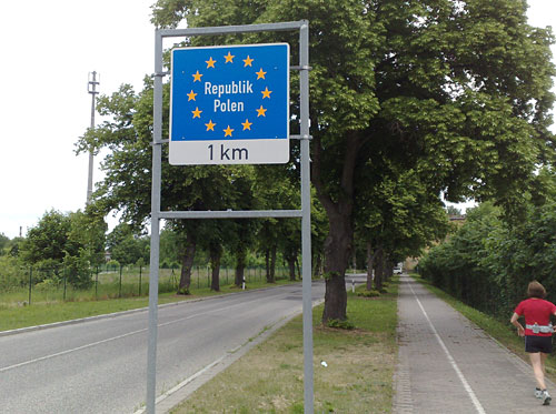 Schild Republik Polen, 1 km