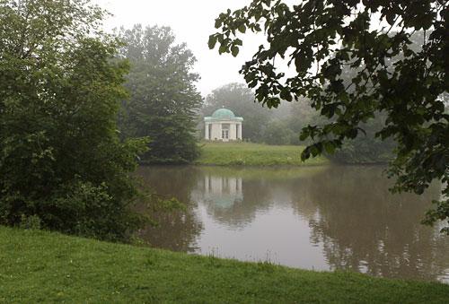 Tempel im Aueteich
